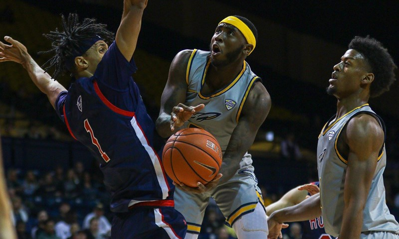 Toledo Hands Akron First Conference Loss